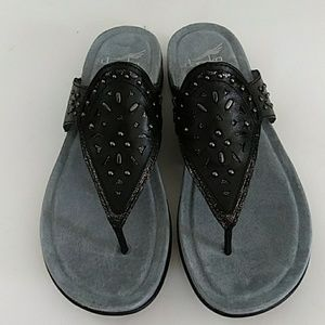 NEW IN BOX DANSKO BLACK LEATHER STUDDED SANDALS 37